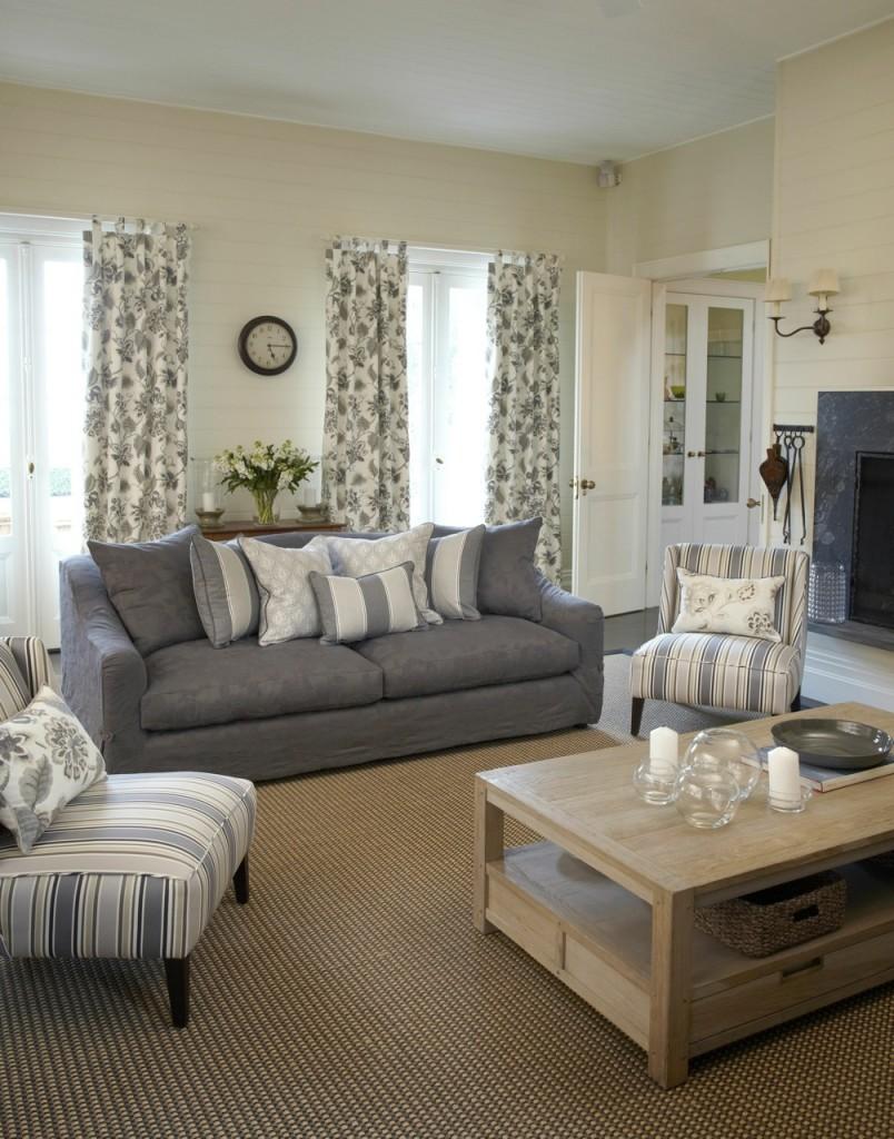 French Ornate Living Room