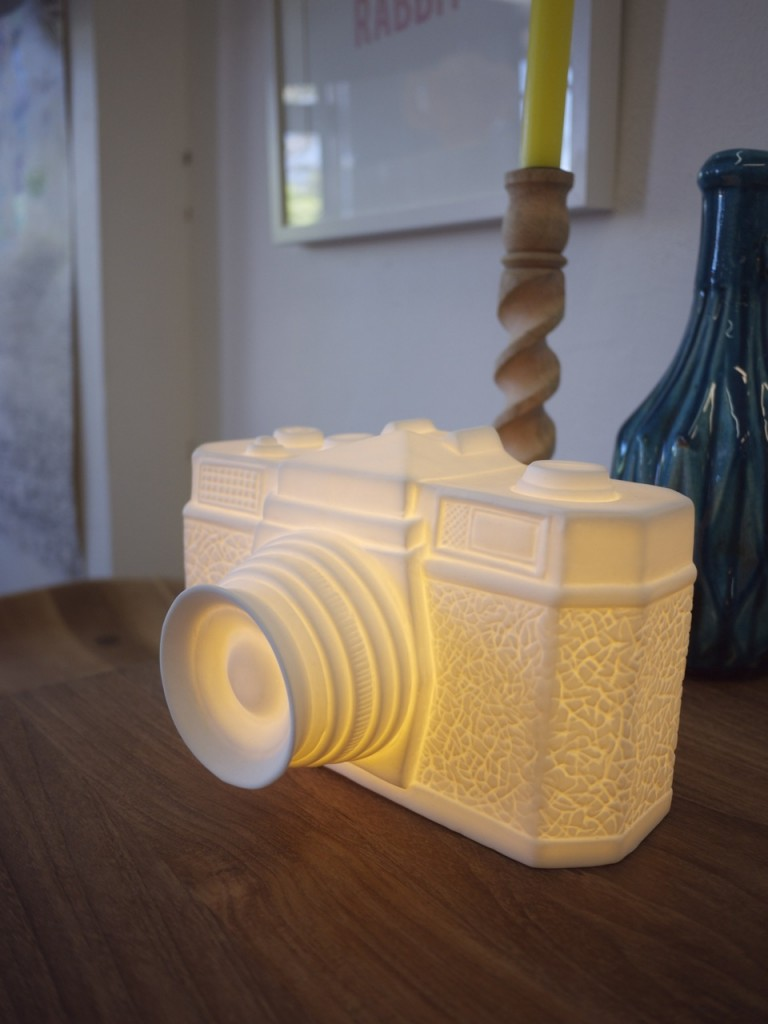 Clickon Furniture - Camera Lamp