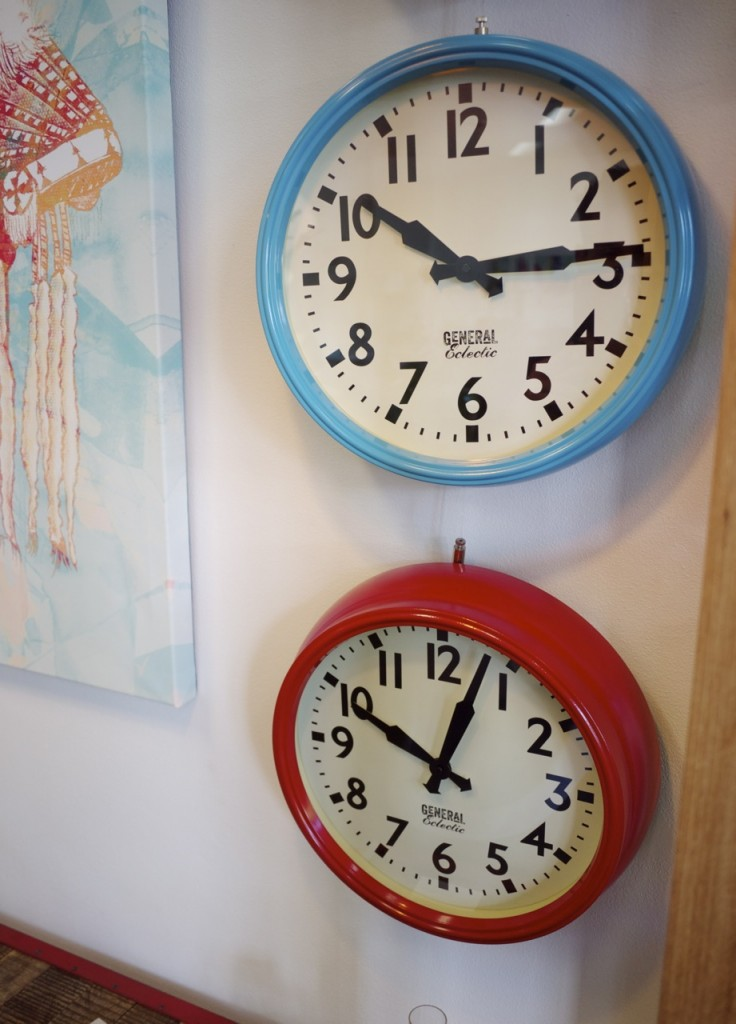 Clickon Furniture - Clocks and Canvas Art