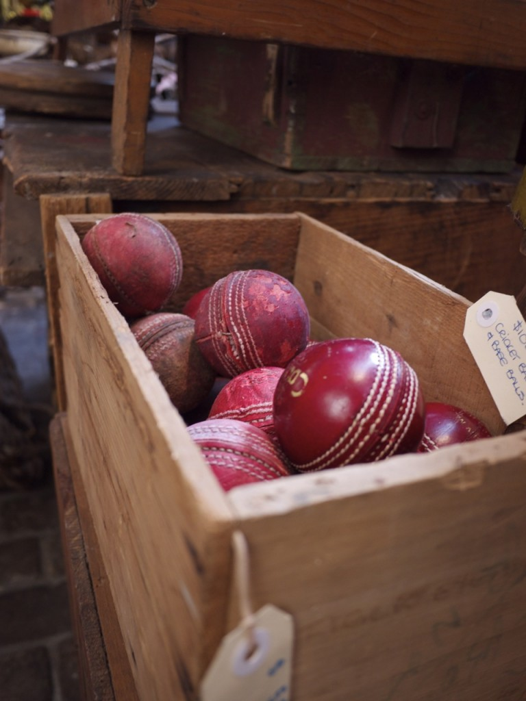 Cricket Balls in Box - Seasonal Concepts