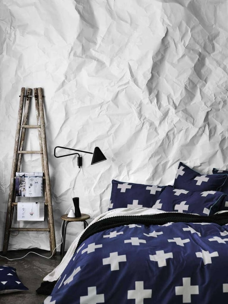 Aura Bedding in Crosses