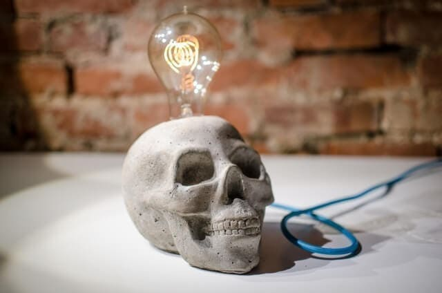 Grey Concrete Skull Lamp