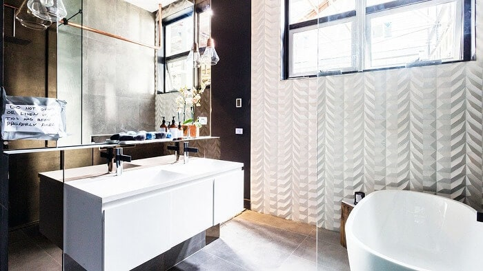 Chris and Jenna's Ensuite - The Block