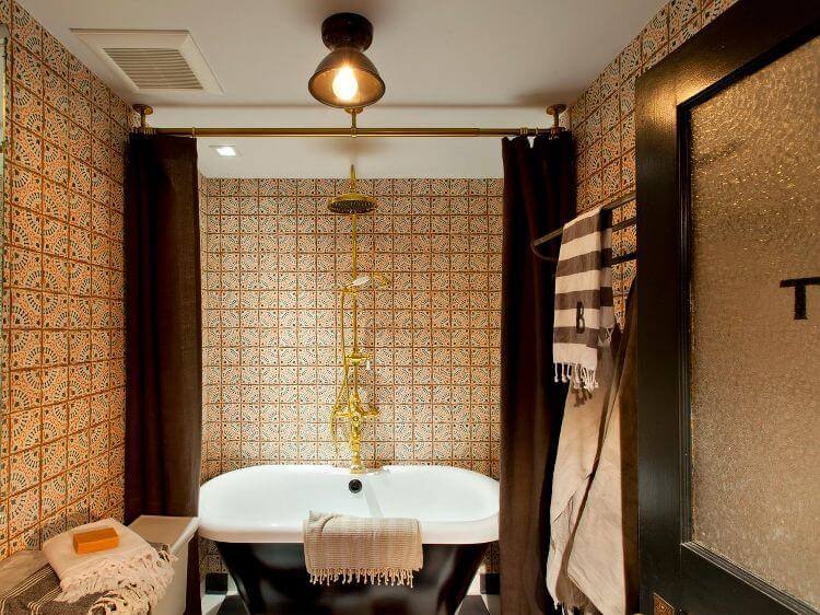 Genevieve Gorder's New York Apartment Bathroom