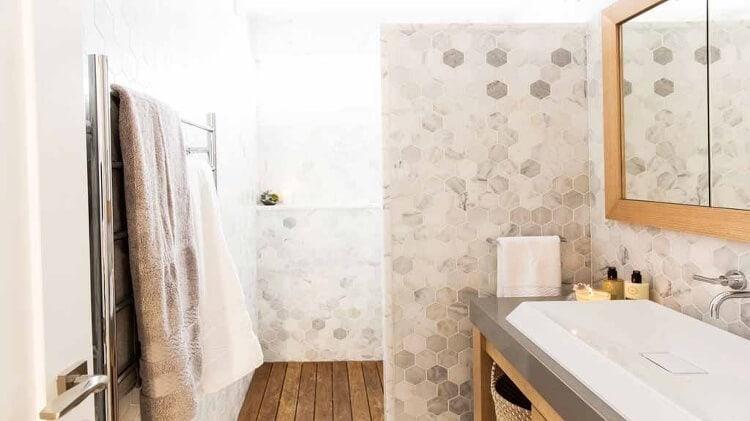 The Block Bathroom Reveals - Ayden and Jess