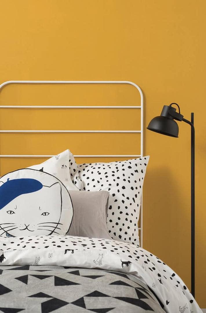 Cita Design Winter 2015 - Cat Cushion and Geometric Bedding