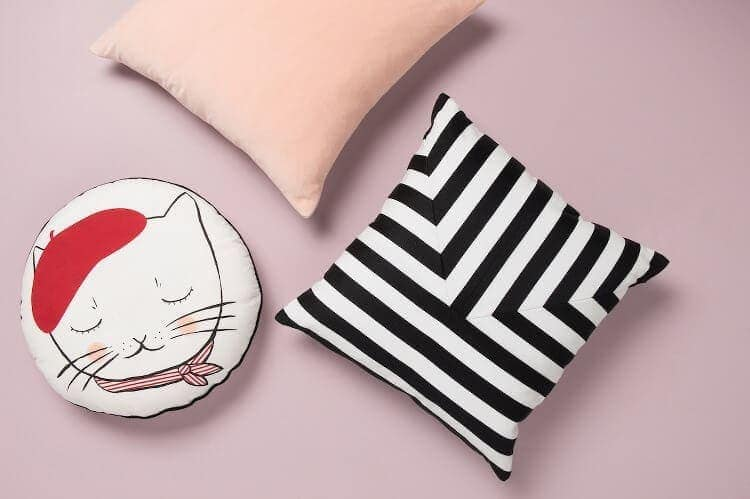 Citta Design Winter 2015 - Cat Cushions