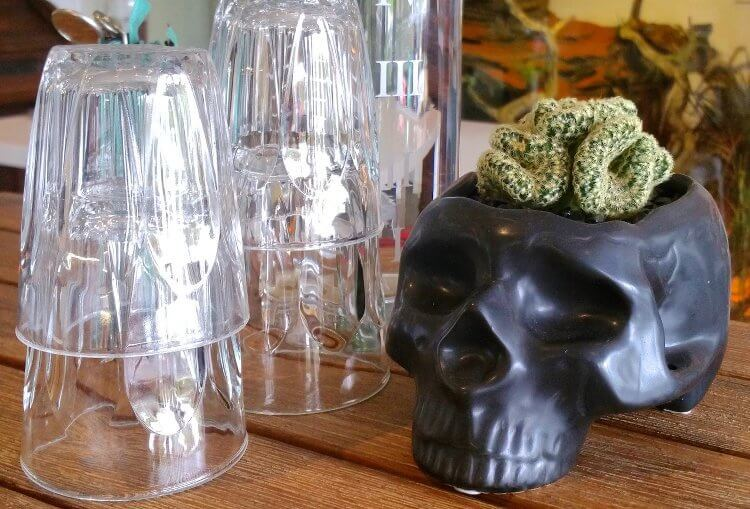 Daseti Cafe in Thornbury - Drinks Tray with Skull