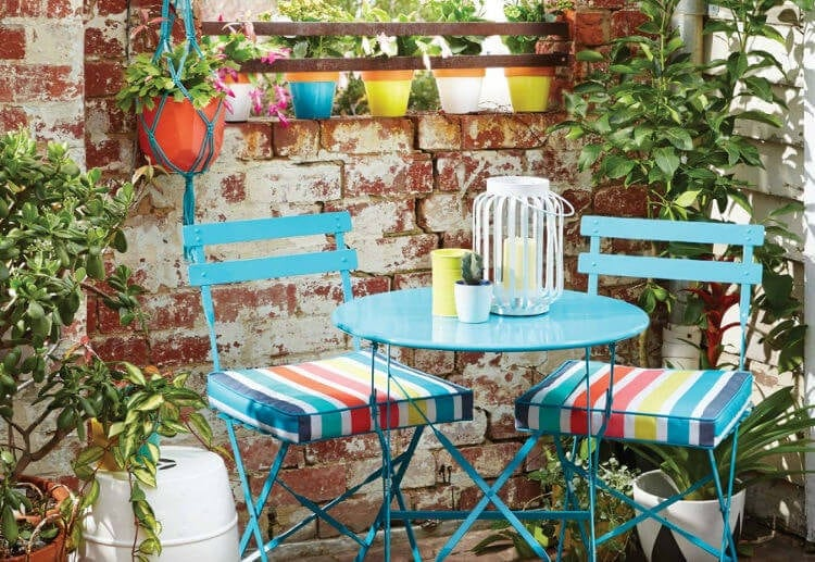 Kmart outdoor furniture set in aqua teal - The Life Creative