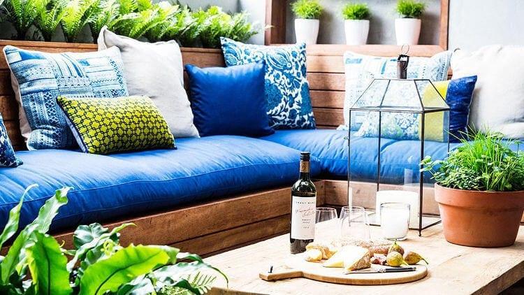 The BLock 2014 - Darren and Dea Terrace - Blue Cushions