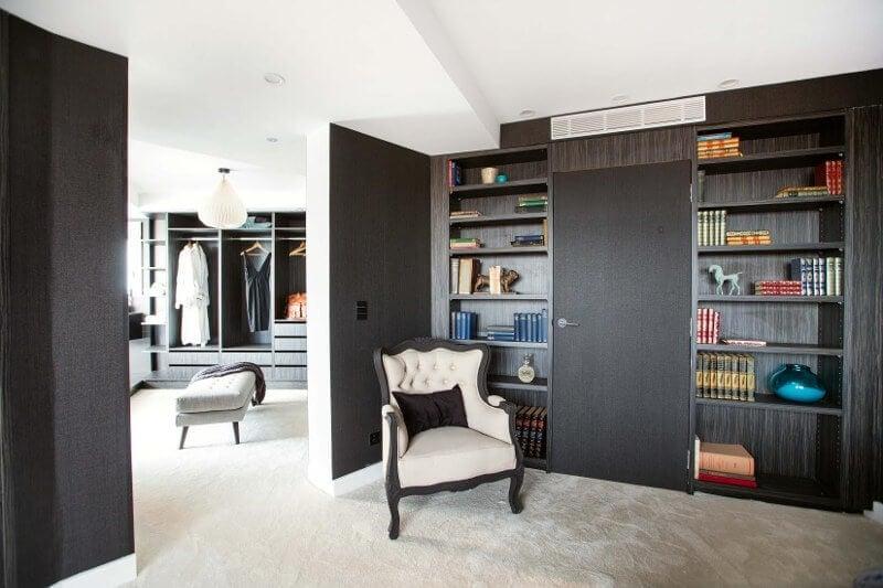Blocktagon Master Bedroom Reveals Suzi and Vonni Walk in Robe
