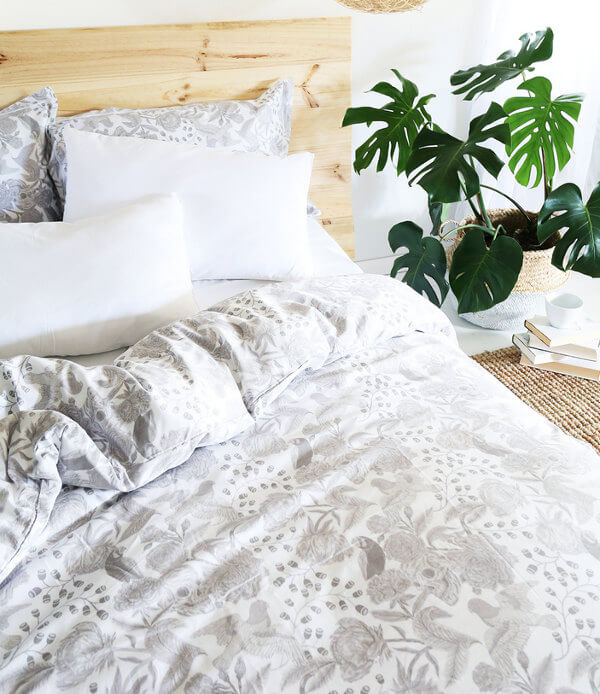 Sanctuary Boutique Linens White Skulls and Roses Bedding The Life Creative blog