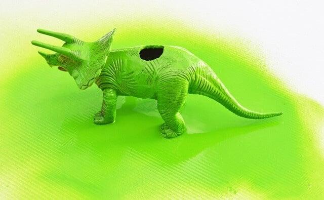 Step5 Dinosaur vase craft project