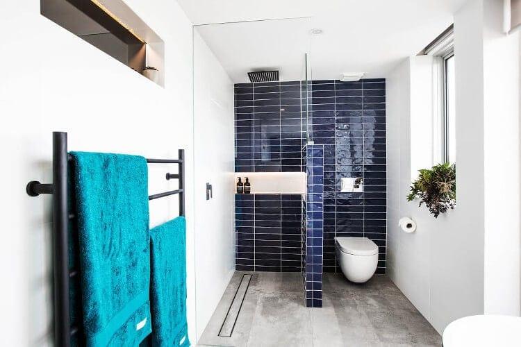 The Blocktagon Bathroom Reveals - Ebony and Luke Bathroom 1