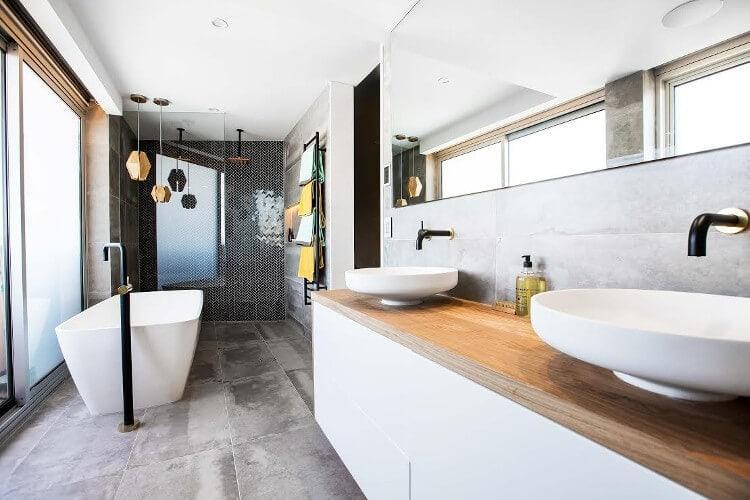 The Blocktagon Bathroom Reveals - Shay and Drean Bathroom 2