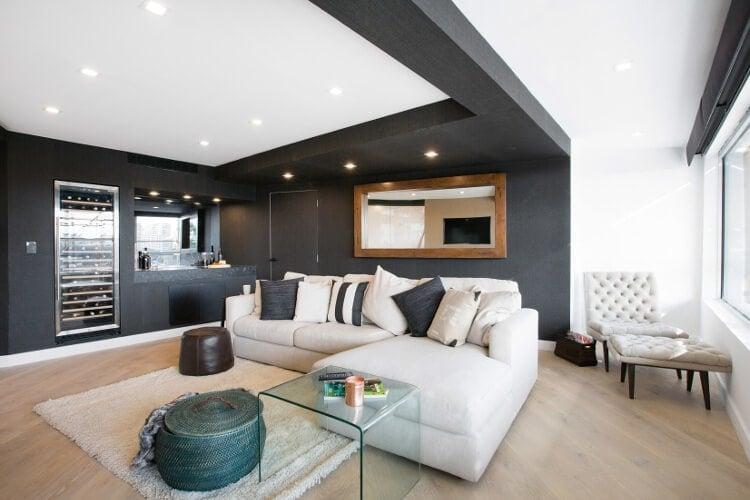 Blocktagon Living Room Reveals Suzi and Vonny Living Room