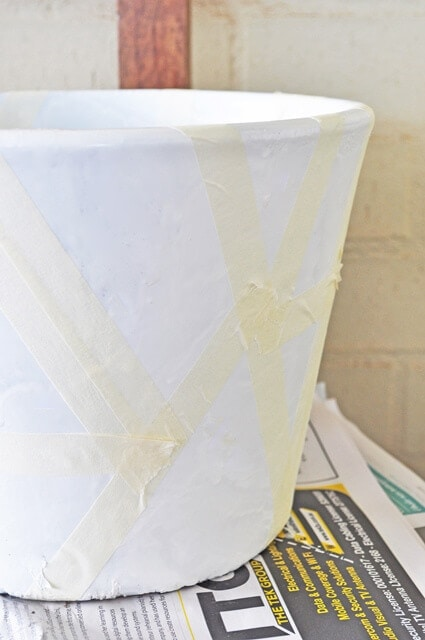 Spray painting pot tutorial Step 3 on The Life Creative