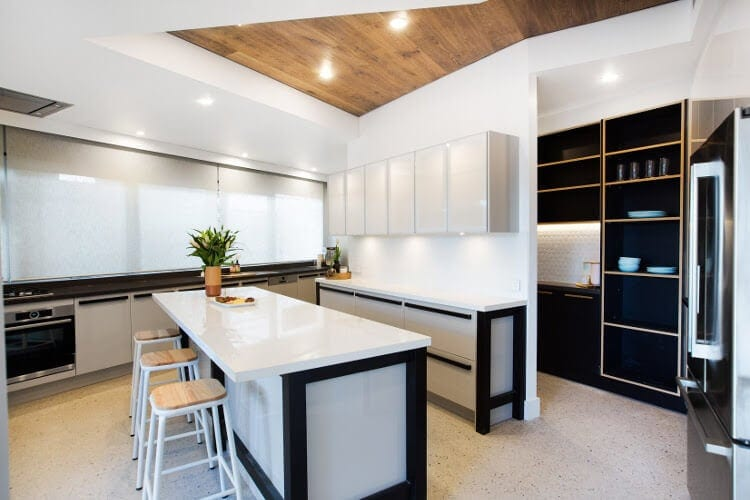 Blocktagon Challenge Apartment Luke and Ebony Kitchen Reveal