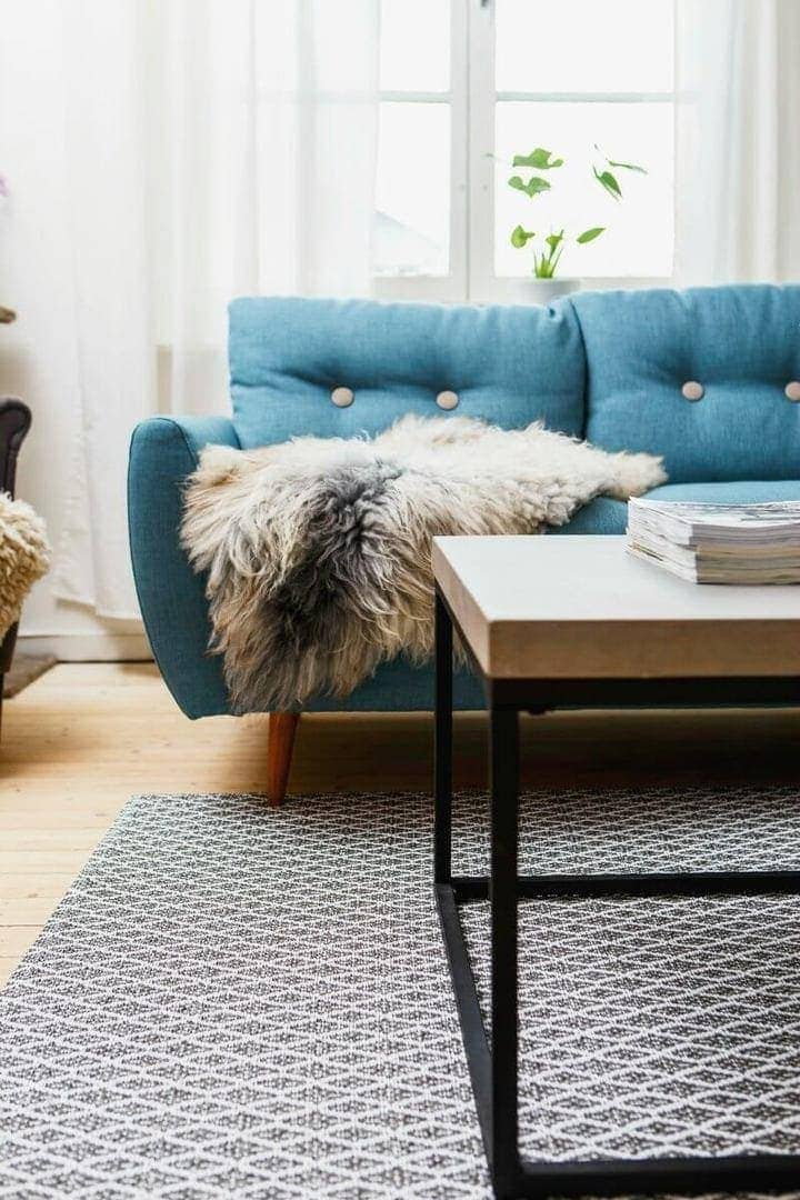 Geometric Rug in Living Room from Urbaani on The Life Creative