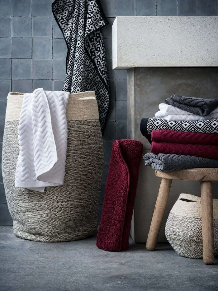 Maroon and White Towels Bathroom Styling with Autumn Colours on The Life Creative
