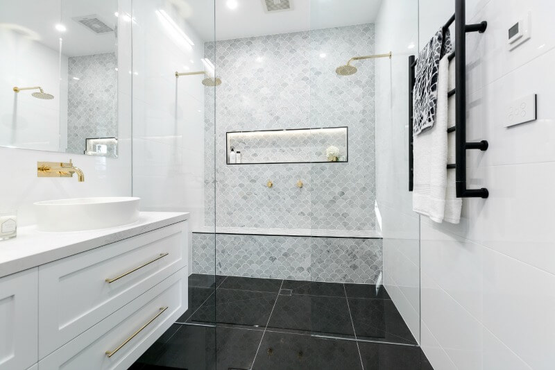 the block 2016 master bathroom reveals julia and sasha master bathroom 2