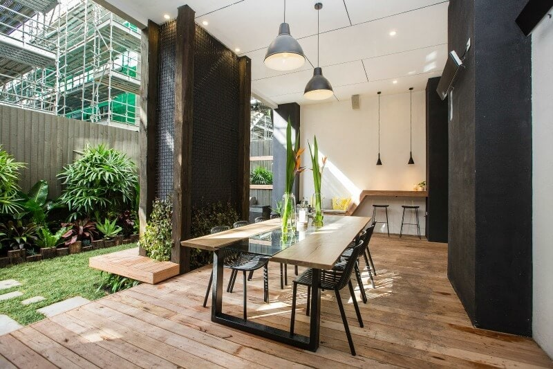 the-block-2016-will-and-karlie-terrace-outdoor-area-1