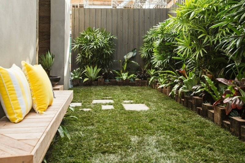 the-block-2016-will-and-karlie-terrace-outdoor-area-2