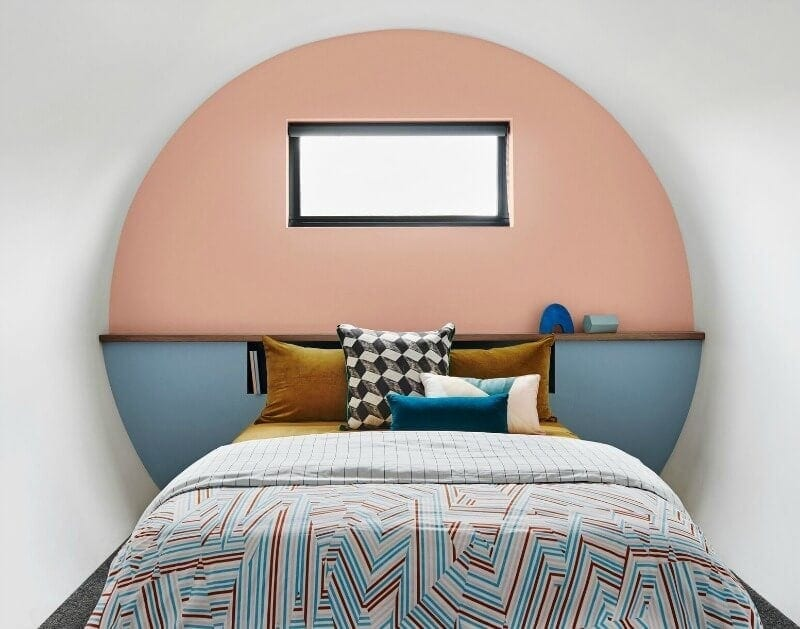 painted-headboard-dulux-australia-pantone-pink-and-blue-bedroom