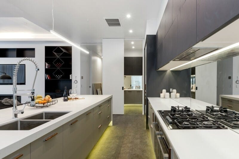 the-block-2016-andy-and-ben-kitchen-with-dark-cabinetry