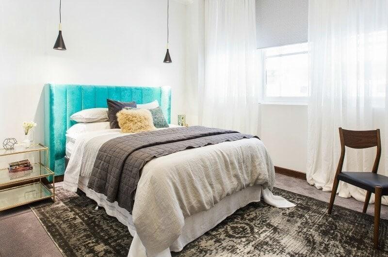 the-block-2016-dan-and-carleens-guest-bedroom-aqua-bedhead