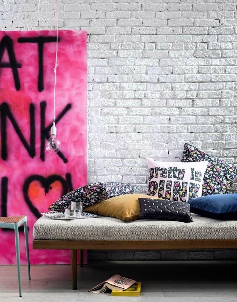 Design-Combo-Pretty-and-Punk-graffiti-art