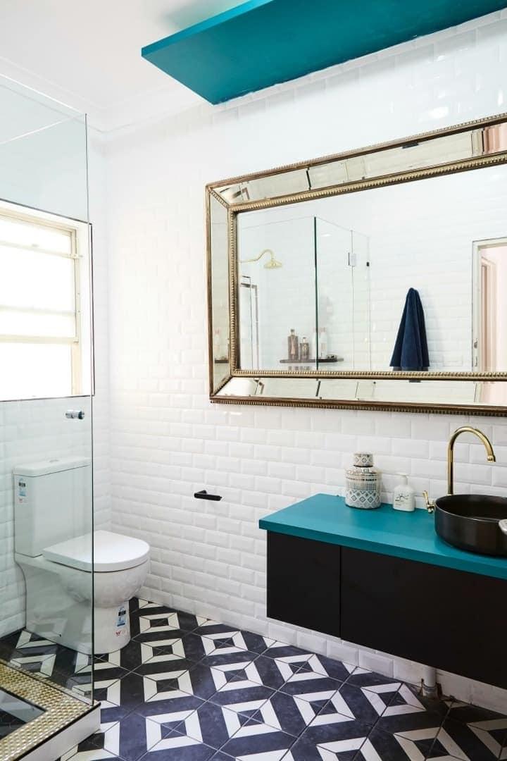 house rules 2017 aaron and daniella charity home bathroom