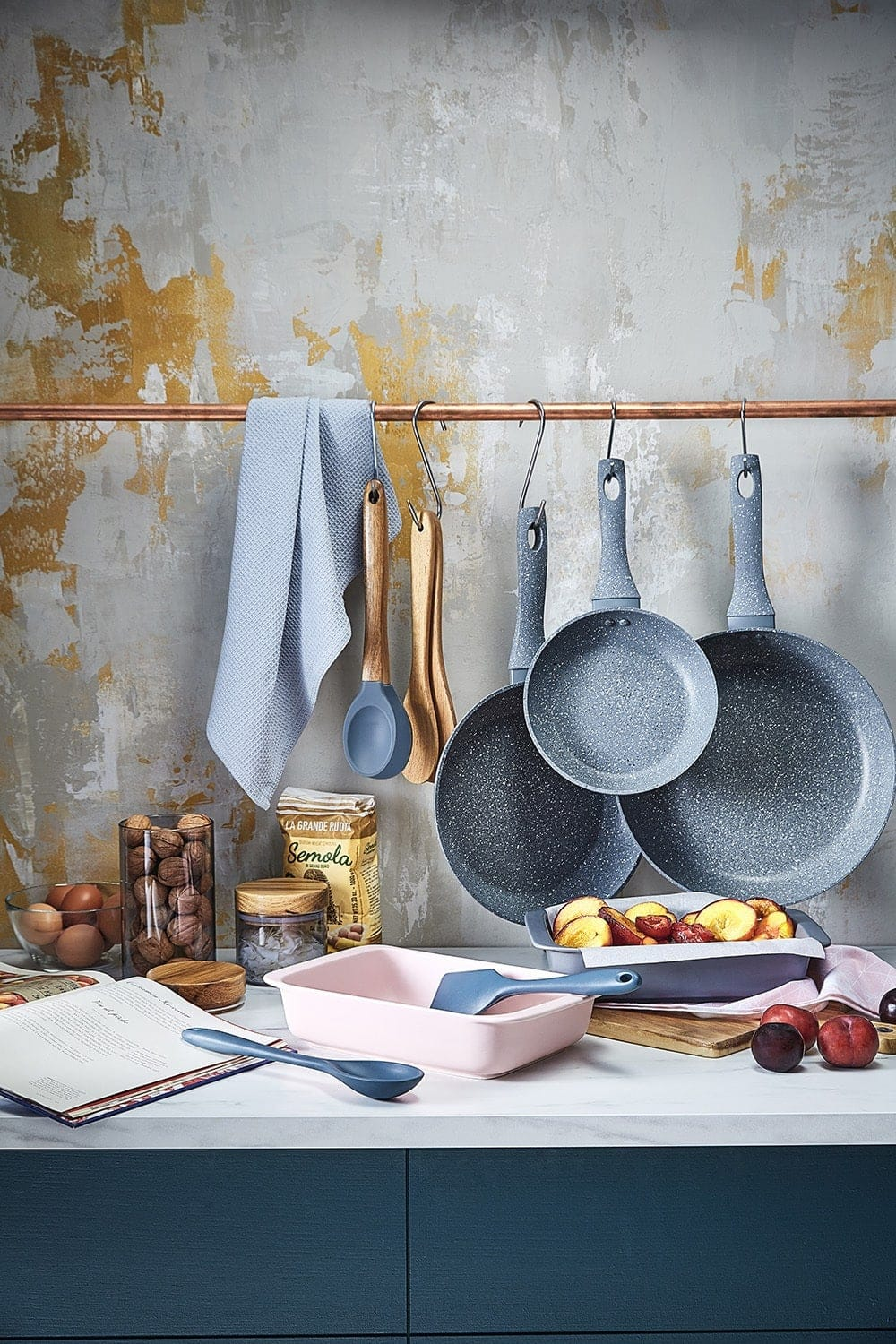 target homewares 2018 blue non stick pans and pink baking tray