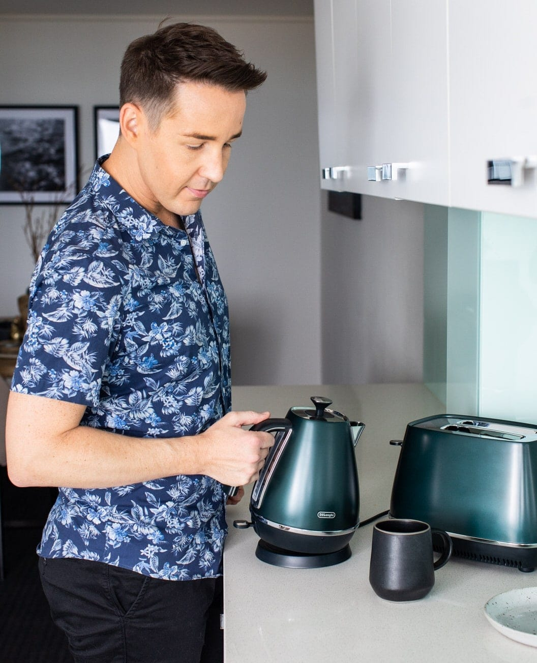 chris carroll tlc interiors delonghi prestige blue kettle and toaster