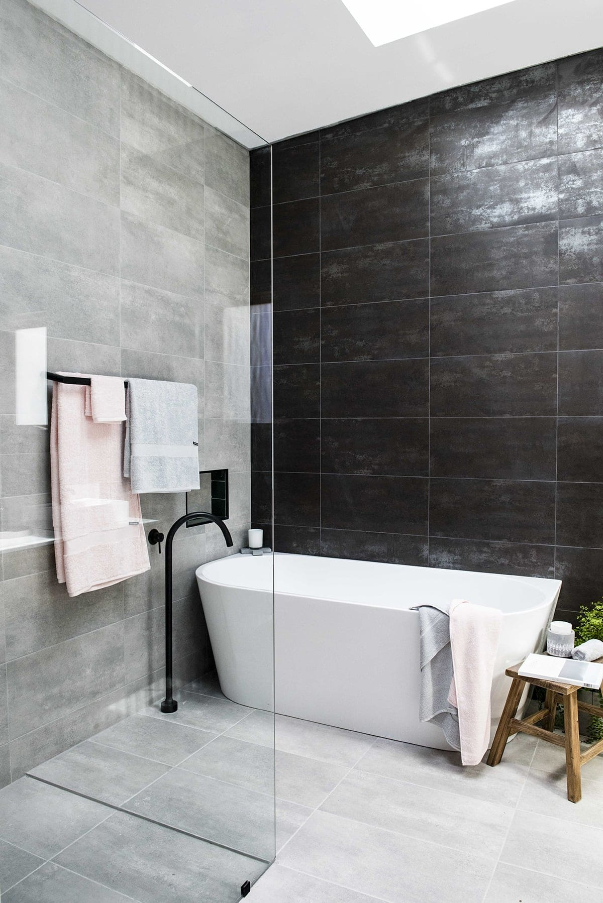House Rules 2018 Jess and Jared bathroom with black wall tiles