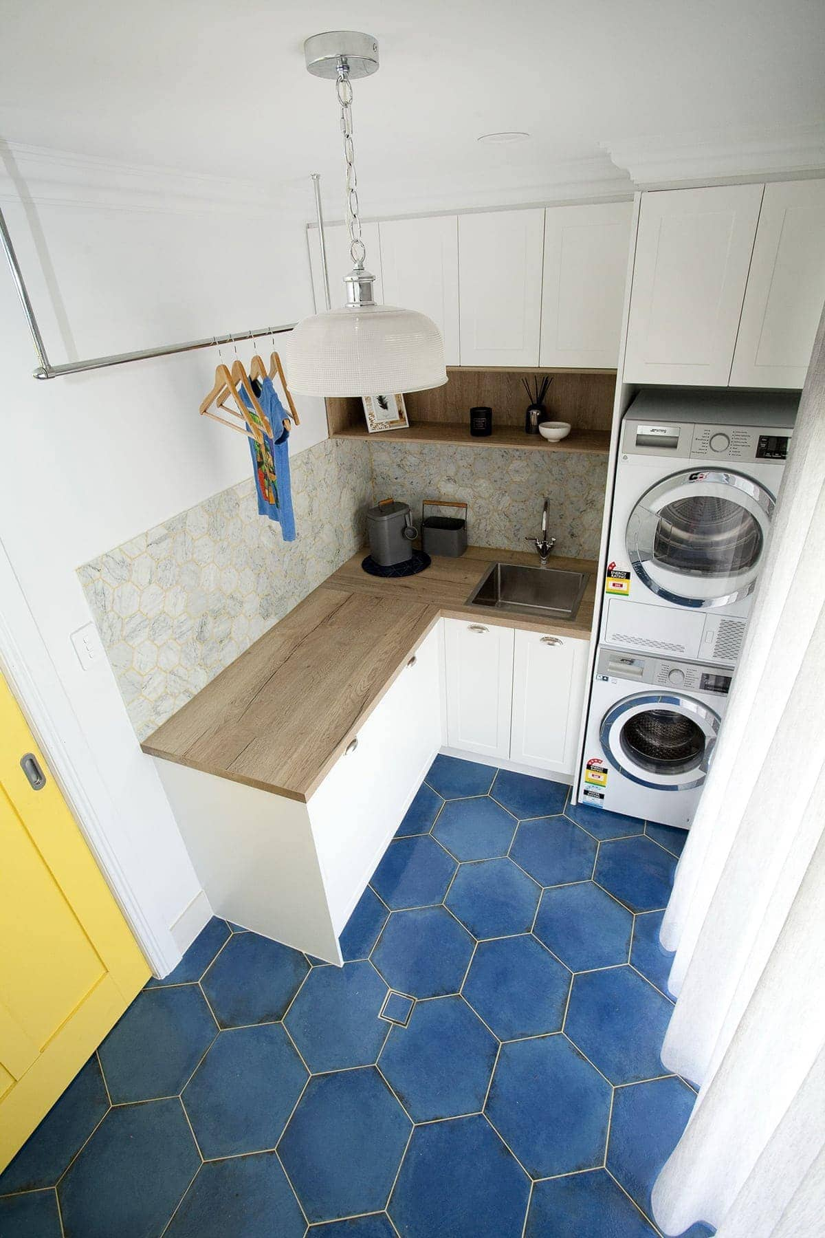house rules 2018 mel and dave laundry with hexagonal floor tiles