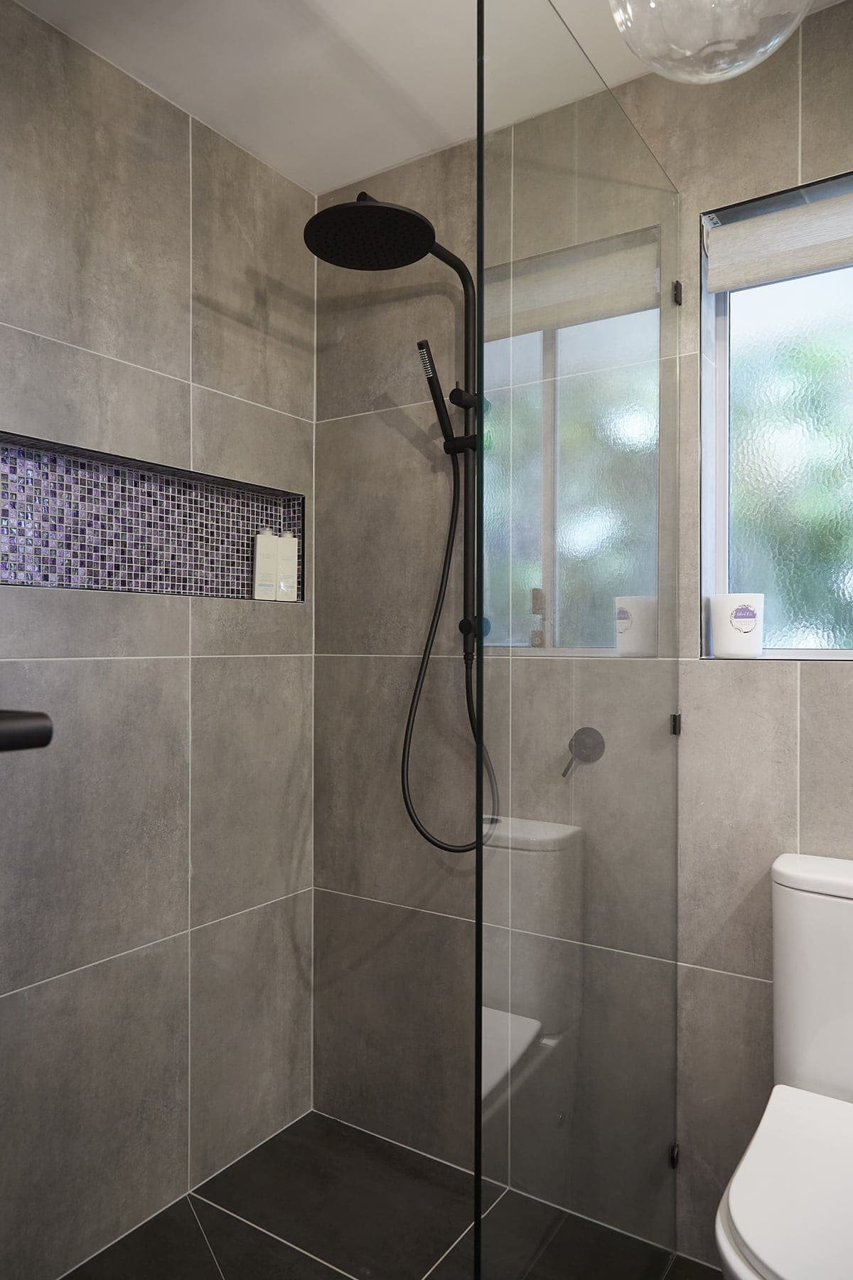 house rules 2018 kim and michelle ensuite with large grey tiles