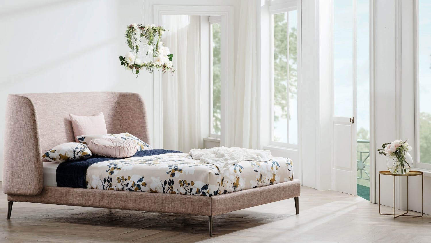 Decorating A Small Bedroom 8 Style Cheats Tlc Interiors