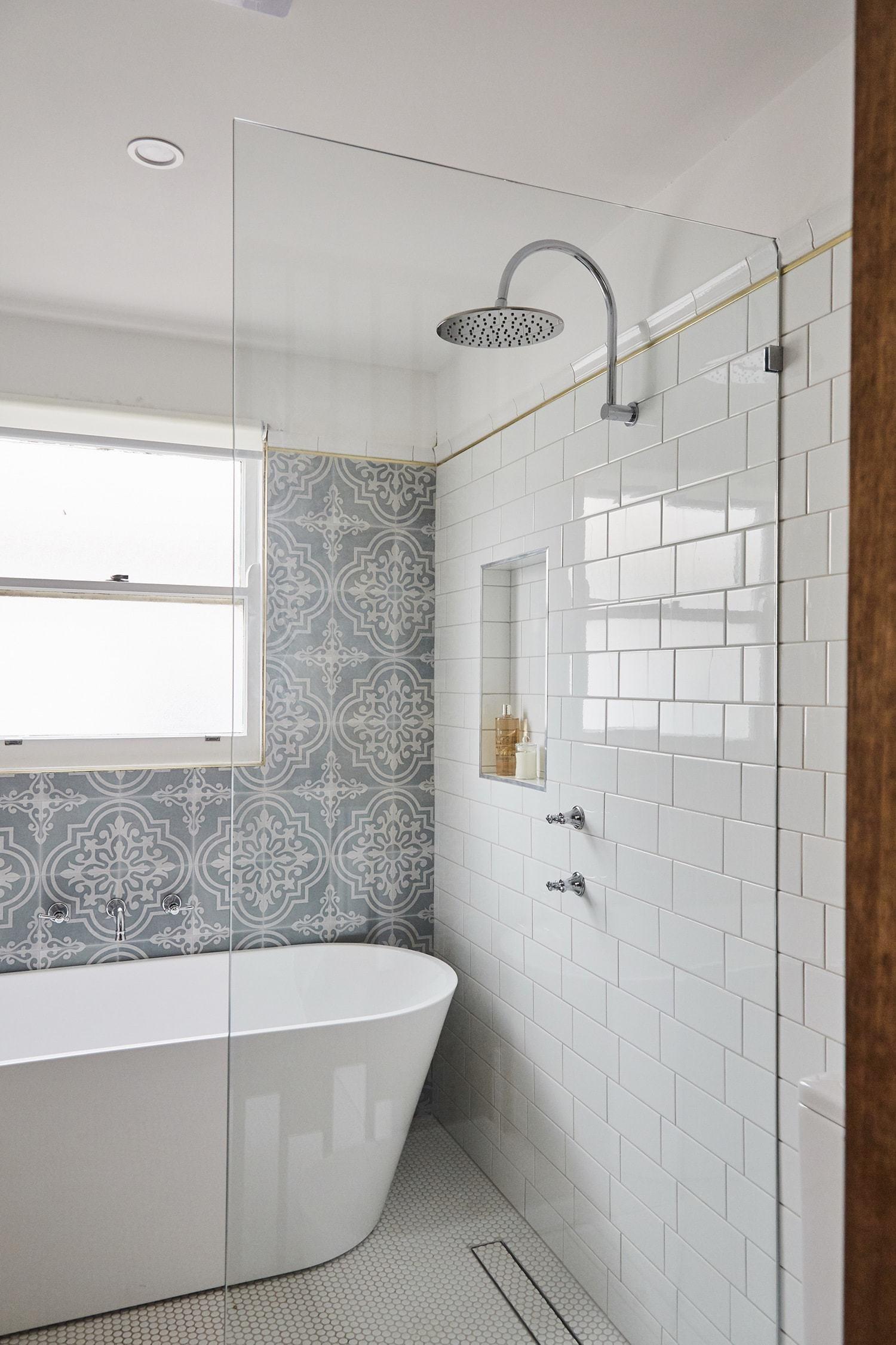 house rules 2018 grand final home bathroom