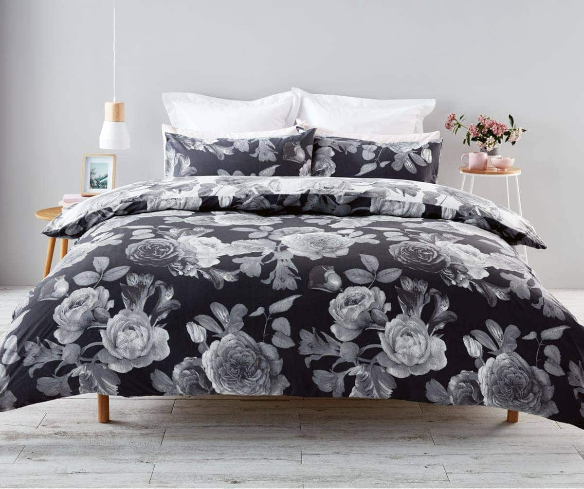 kmart klio floral quilt cover set in black and whitew