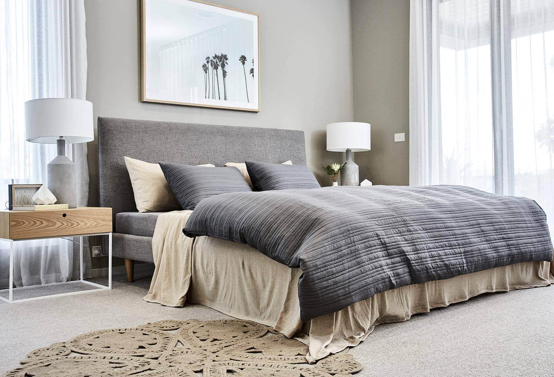 jersey sheet set from lorraine lea in grey and beige bedroom