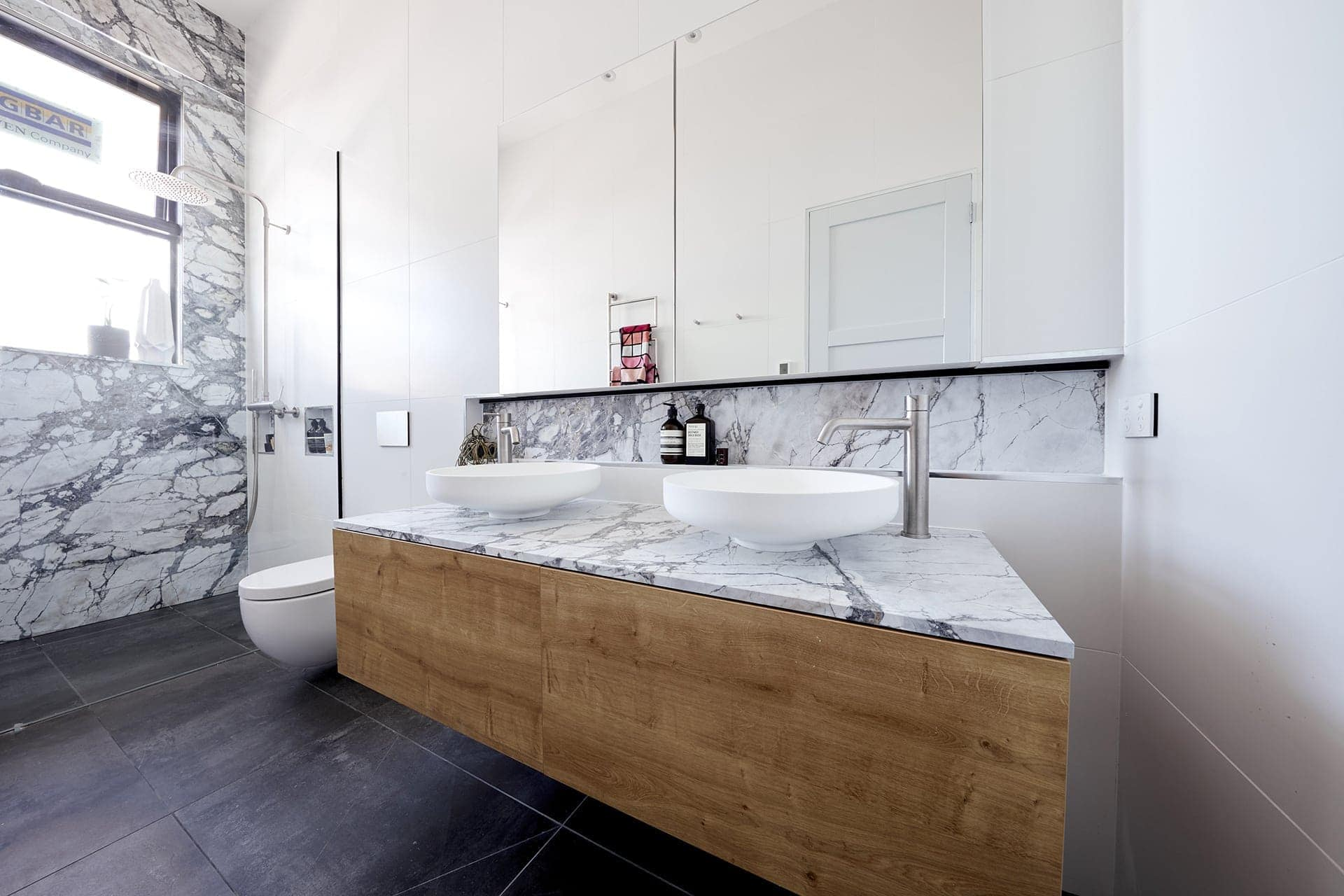 the block 2018 ensuites norm and jess marble bathroom wall