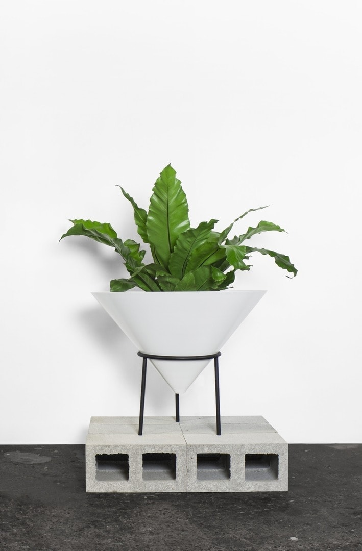 Melbourne table co nancy plant pot plant display ideas