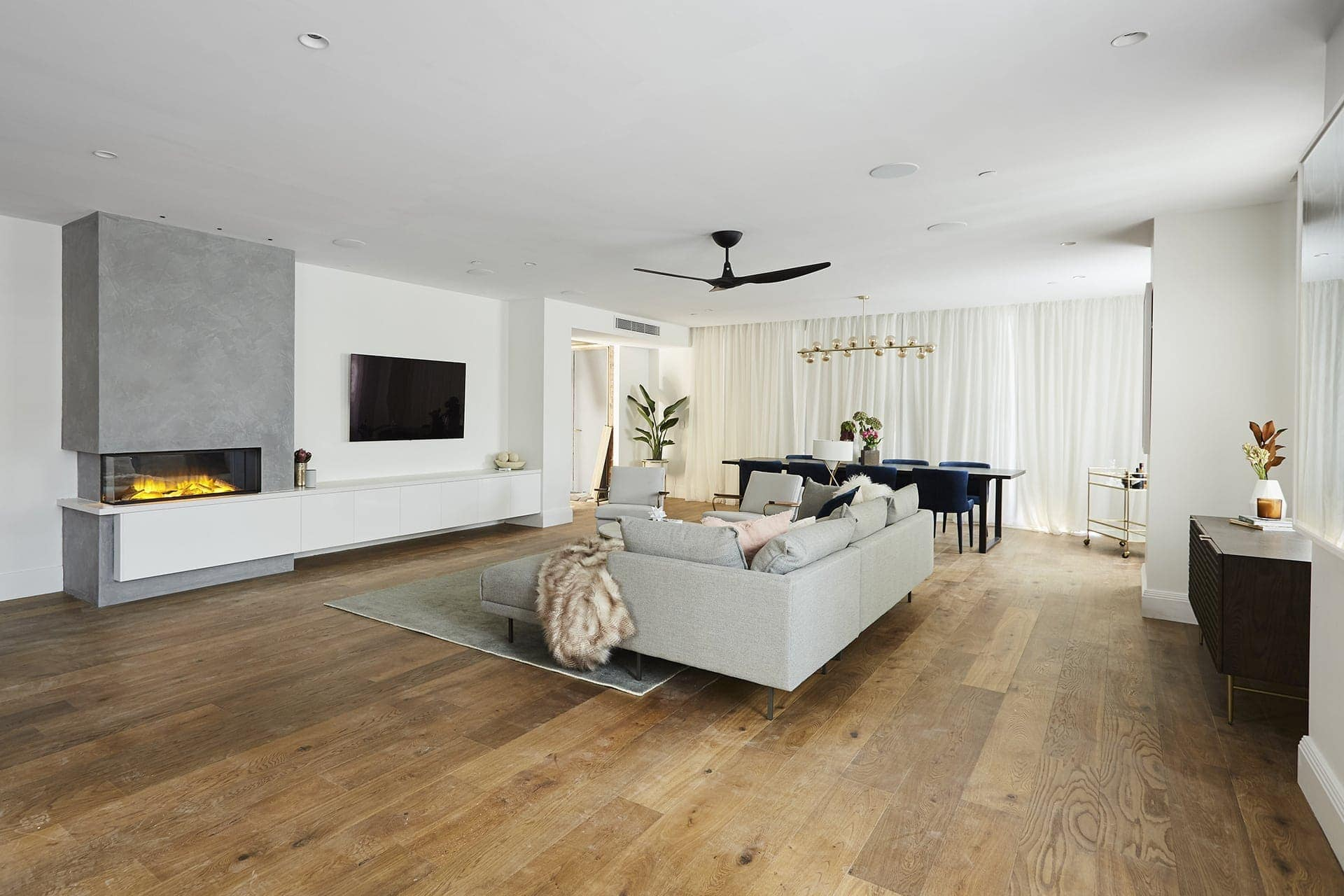 the block 2018 hayden and sara living room