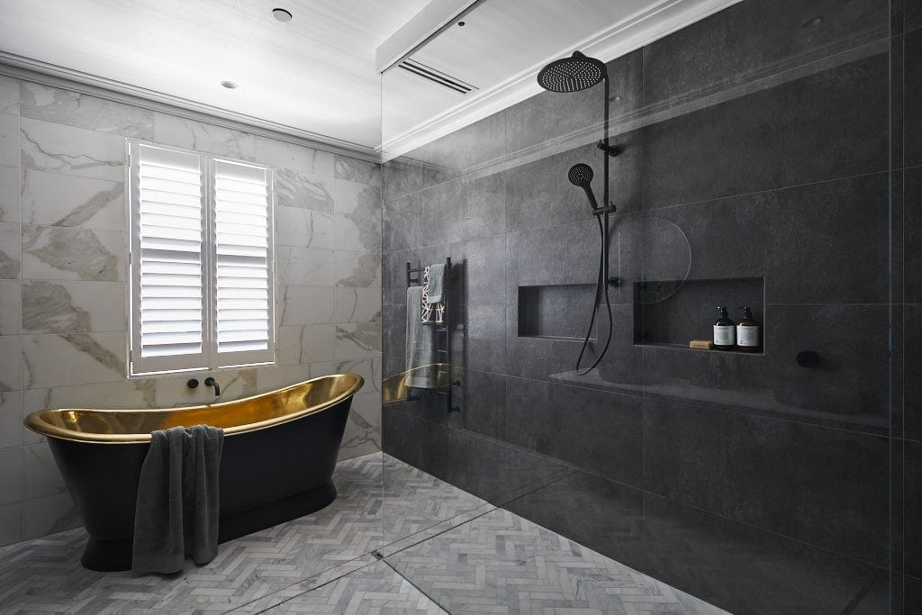 the block 2018 hayden and sara ensuite with gold bath tub