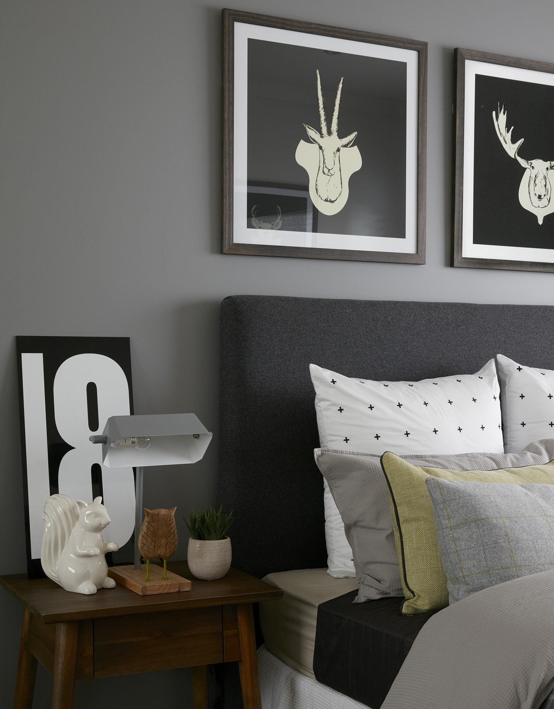 12 Dark Bedroom Wall Ideas to Embrace - TLC Interiors