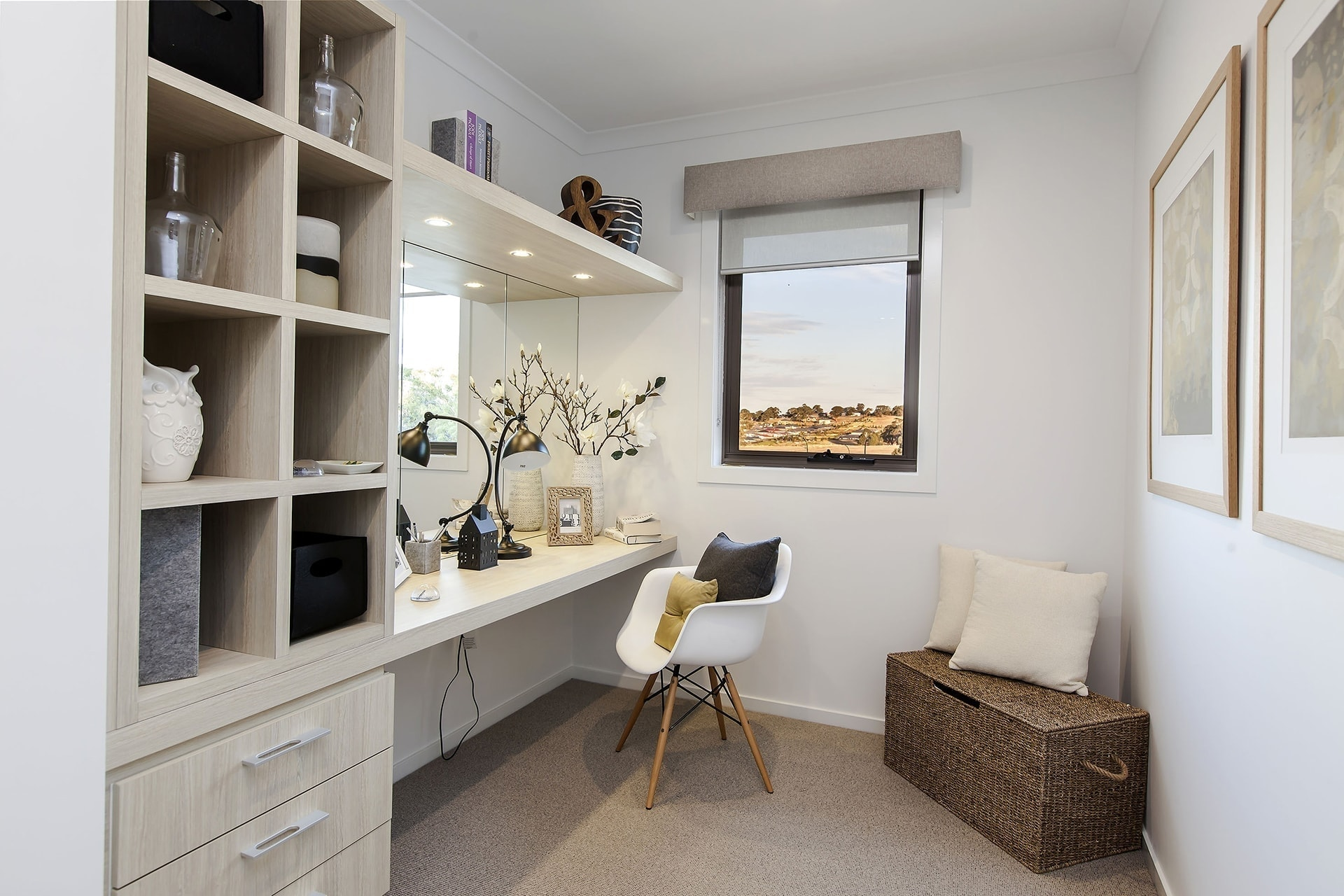 home office bult in study nook from metricon homes