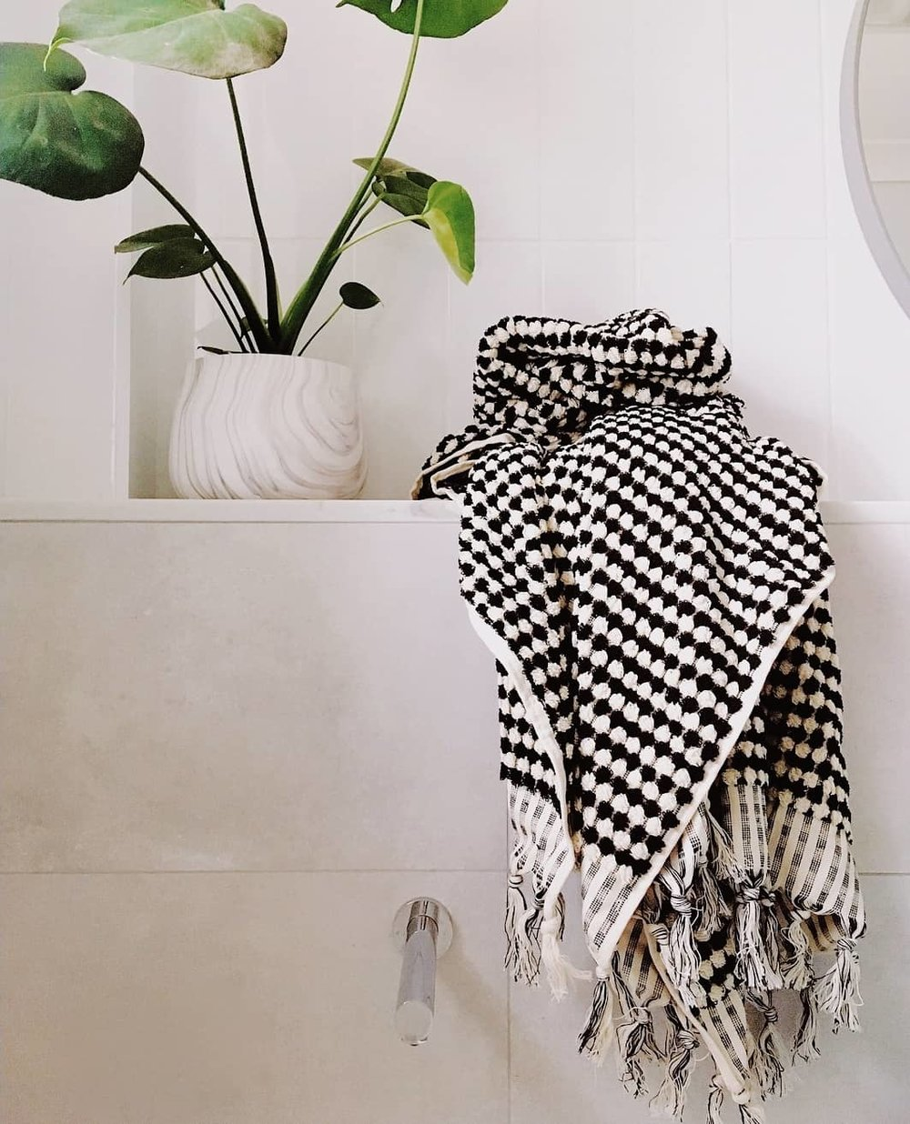 miss april black and white turkish towel with fringing