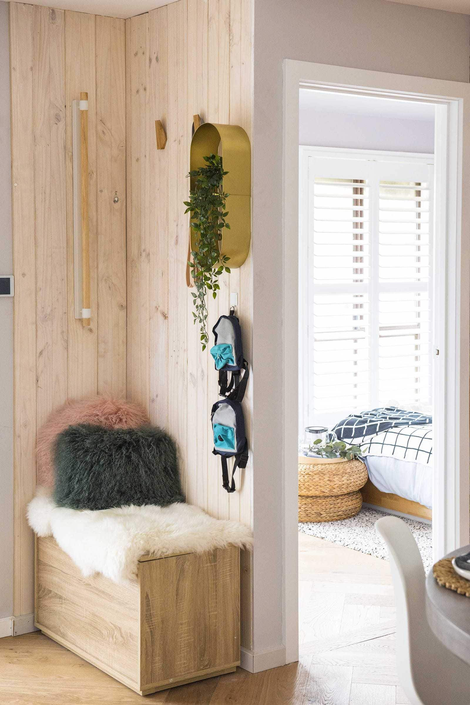 house rules 2019 lisa and andy entry with built in bench seat and timber wall