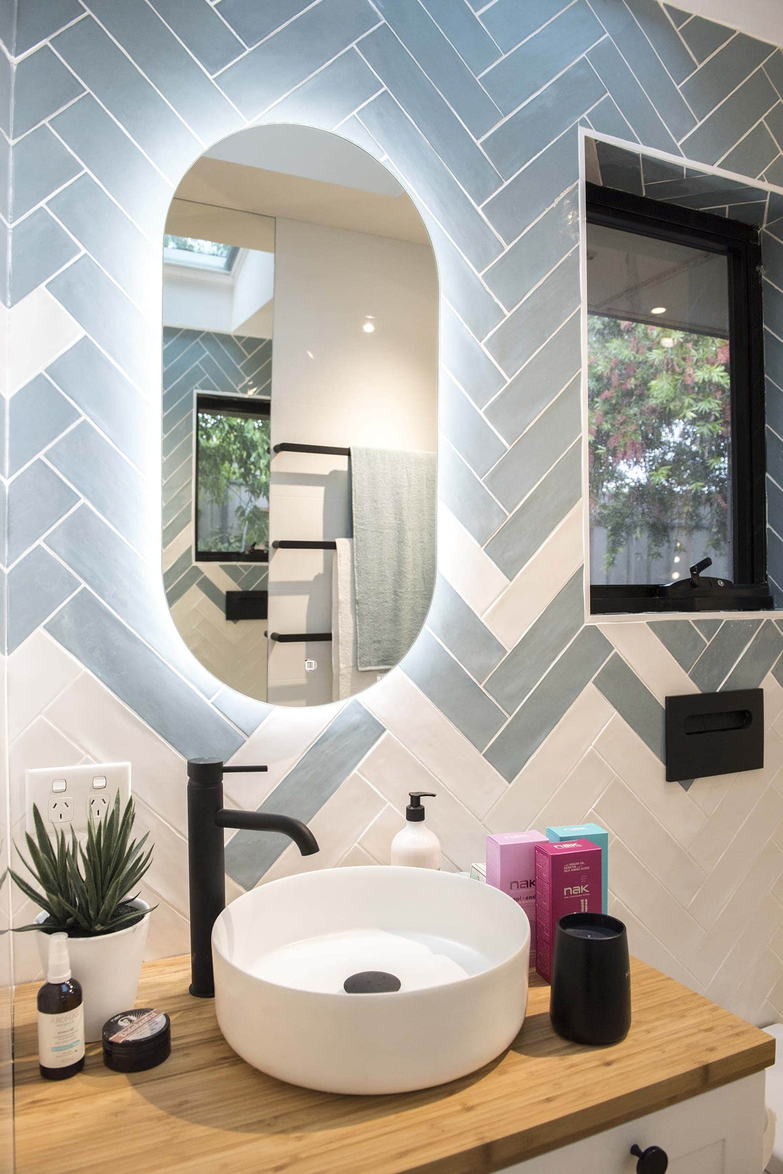 house rules 2019 lisa ans andy bathroom with round basin and black tap
